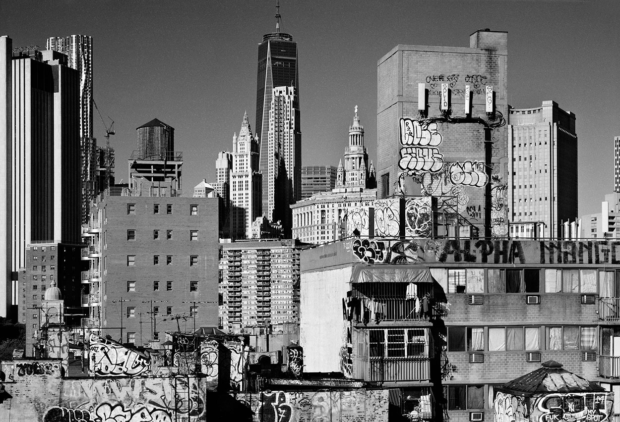 © Teun Voeten. DOWNTOWN BROOKLYN, MET GEHRY TOWER, WOOLWORTH BUILDING EN FREEDOM TOWER, 2015